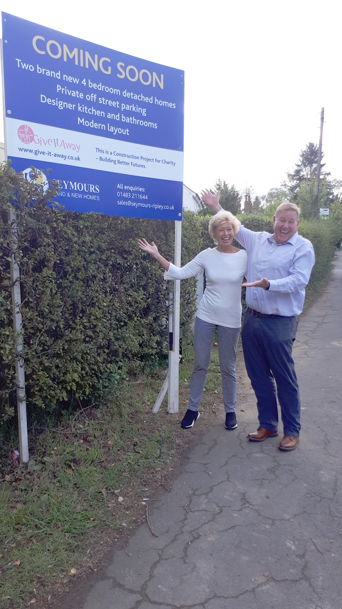 Chris Hickford from Eikon, Surrey also came over to view the new sales sign!