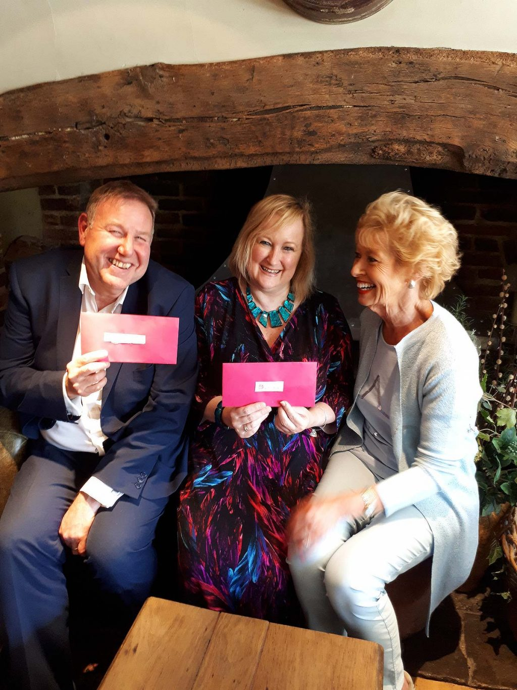 At the wonderful Onlsow Arms in West Clandon, Charlotte met Chris from Eikon and Tania and Lucy from Meath with not one, but two pink envelopes.